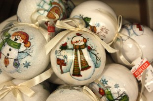 Snowman ball balls reduced in price