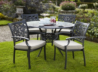 Celtic Four Seat Dining Set