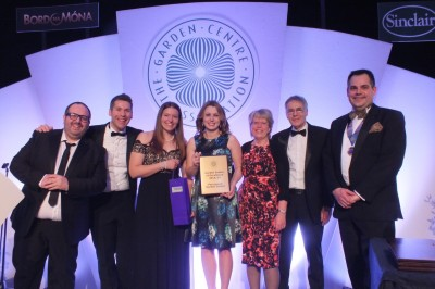 Perrywood are awarded 'Garden Centre of Excellence' at the 2015 GCA conference