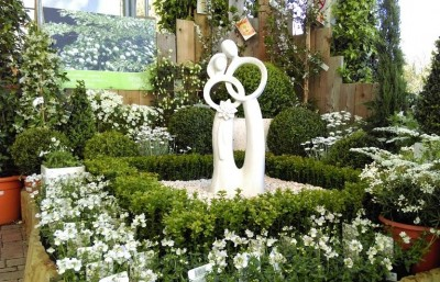 Hillier's White Garden Competition 2015